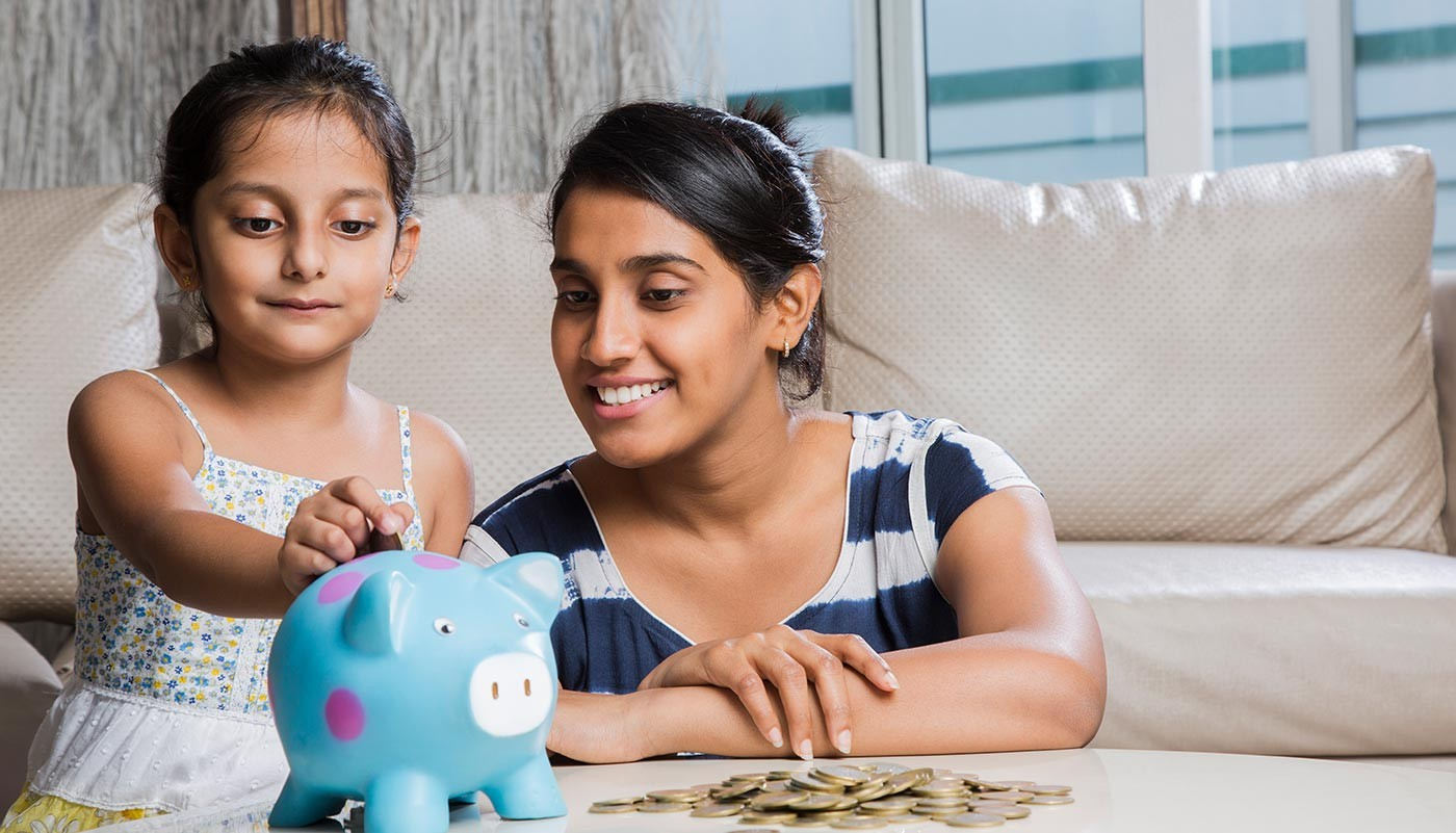 https://tickertapecdn.tdameritrade.com/assets/images/pages/md/Teaching kids about money and finances