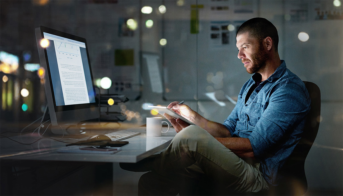 https://tickertapecdn.tdameritrade.com/assets/images/pages/md/Up late: try doing your trading prep and research after hours each day