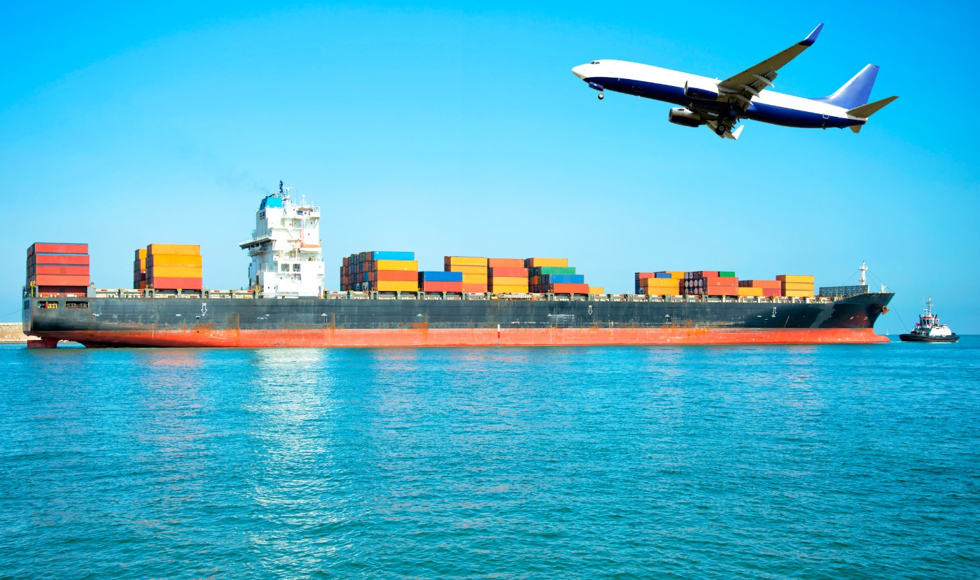 https://tickertapecdn.tdameritrade.com/assets/images/pages/md/Cargo ships and planes: international trade