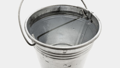 https://tickertapecdn.tdameritrade.com/assets/images/pages/md/Retirement drawdowns and the bucket approach.