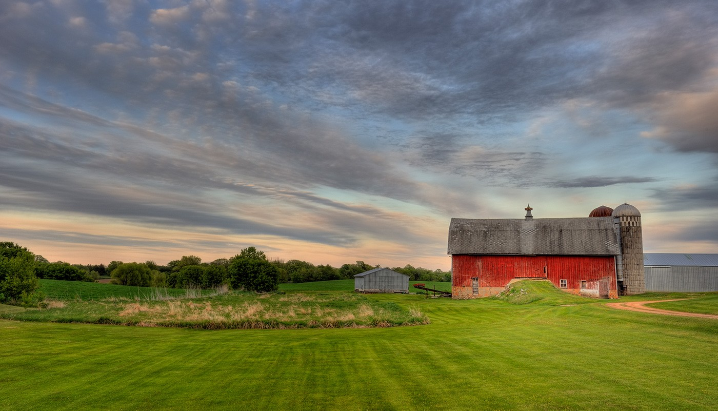 https://tickertapecdn.tdameritrade.com/assets/images/pages/md/Getting invested: Farmland REITs
