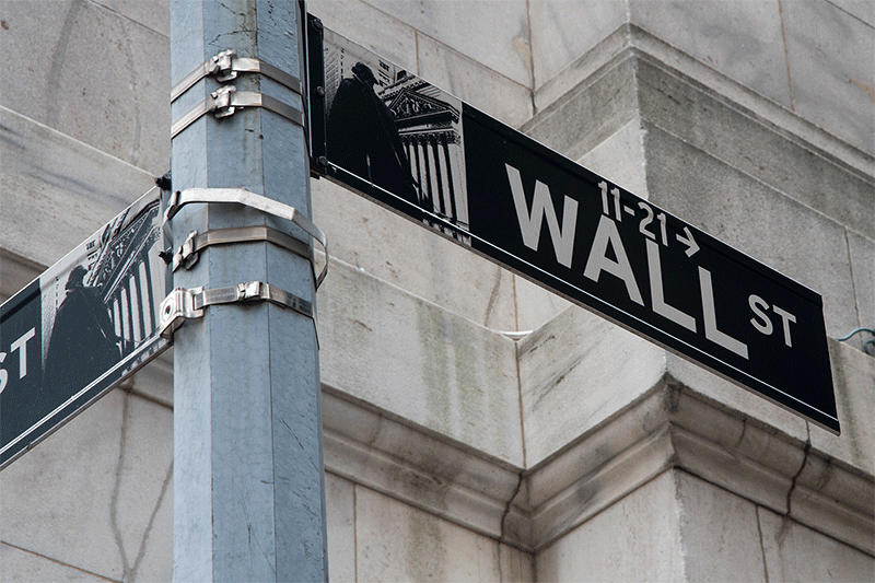 https://tickertapecdn.tdameritrade.com/assets/images/pages/md/Wall Street street sign in Financial District