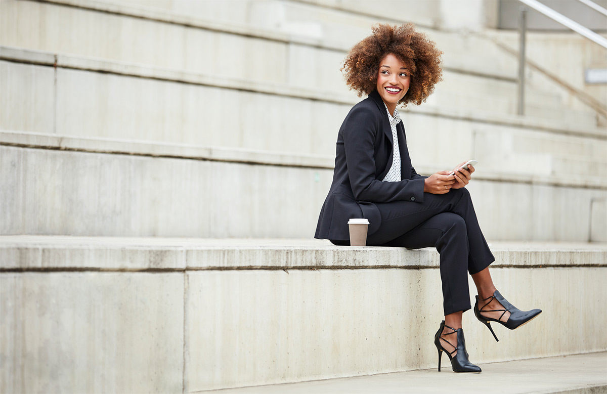 https://tickertapecdn.tdameritrade.com/assets/images/pages/md/Financially savvy: finance tips for women