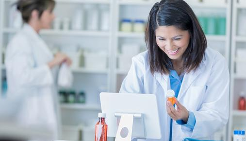 https://tickertapecdn.tdameritrade.com/assets/images/pages/md/Pharmacist preparing prescription order