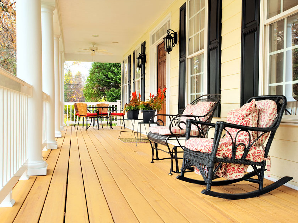 https://tickertapecdn.tdameritrade.com/assets/images/pages/md/Newly renovated front porch on house