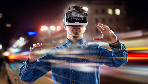 https://tickertapecdn.tdameritrade.com/assets/images/pages/md/Virtual reality with headsets: Video games are king, but there are real business uses for VR too