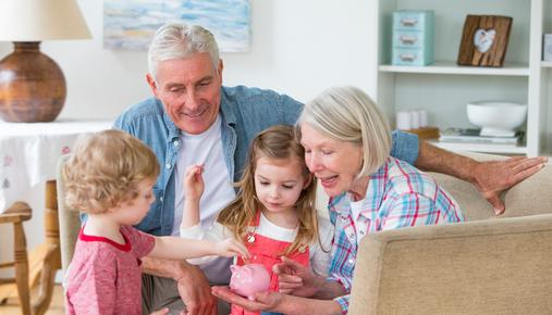 https://tickertapecdn.tdameritrade.com/assets/images/pages/md/Investing in your grandchild's education and college savings.