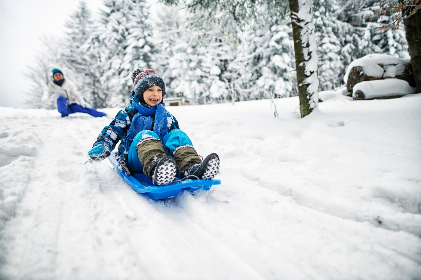 https://tickertapecdn.tdameritrade.com/assets/images/pages/md/child sledding: small-cap stocks outperforming large-cap stocks