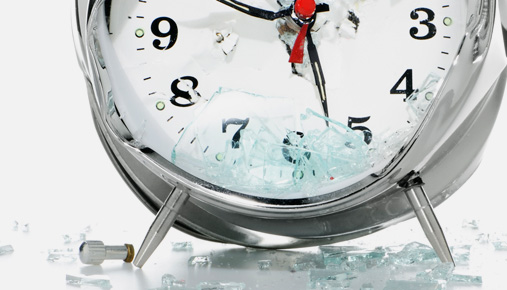 https://tickertapecdn.tdameritrade.com/assets/images/pages/md/Smashed clock: Better ways to time the market with cost averaging, options, and VIX
