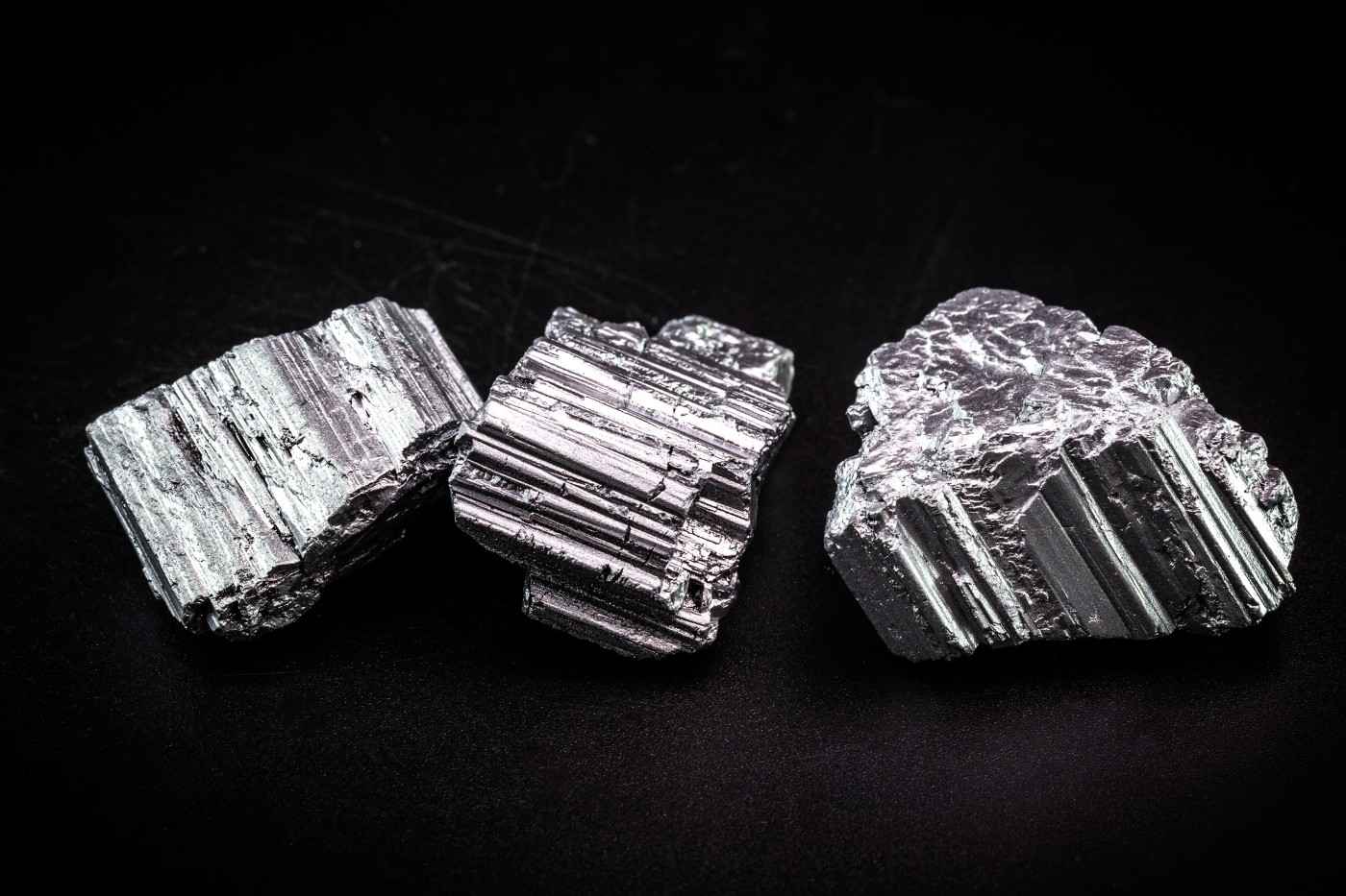 https://tickertapecdn.tdameritrade.com/assets/images/pages/md/Neodymium pieces: Rare earth metals