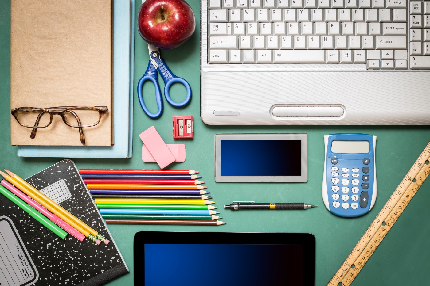 https://tickertapecdn.tdameritrade.com/assets/images/pages/md/School supplies: Navigating the online trading experience