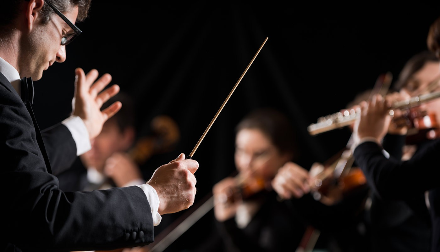 https://tickertapecdn.tdameritrade.com/assets/images/pages/md/Directing your own investing, or watching a conductor?