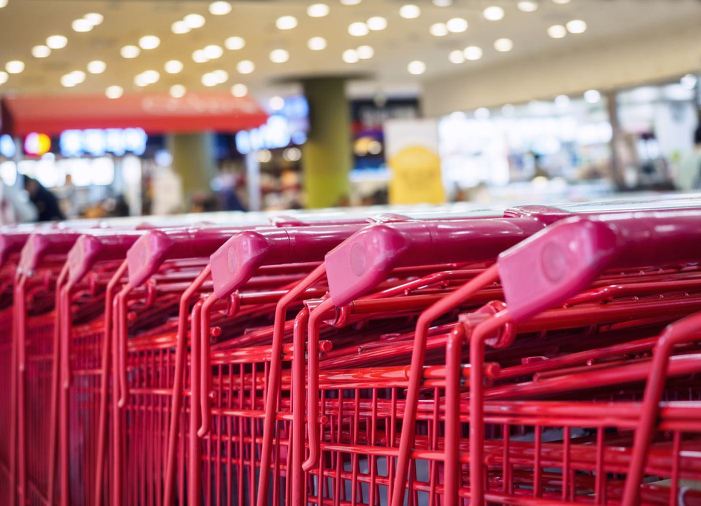 https://tickertapecdn.tdameritrade.com/assets/images/pages/md/Row of Target shopping carts in a store