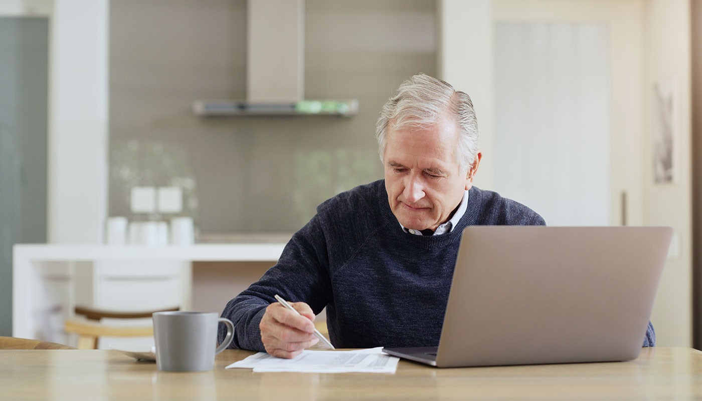 https://tickertapecdn.tdameritrade.com/assets/images/pages/md/1040-SR: tax form for retirees and senior earners