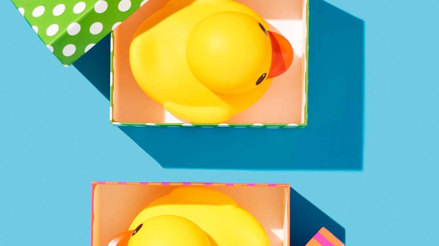 https://tickertapecdn.tdameritrade.com/assets/images/pages/md/rubber ducks in different packaging: risk profiles of vertical spreads