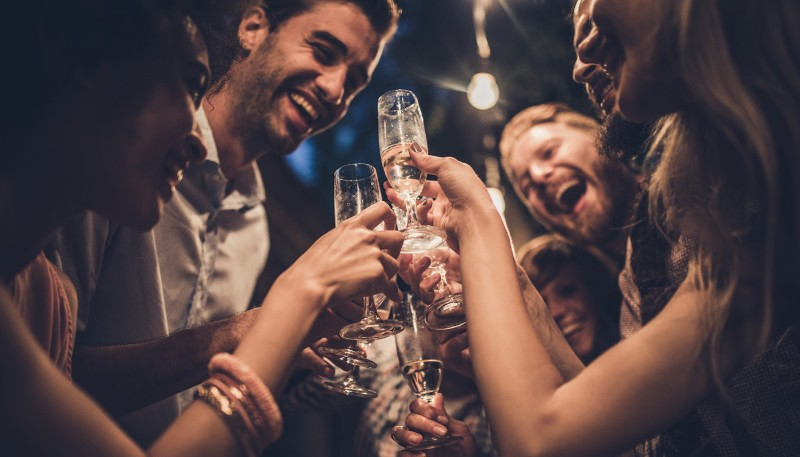 Champagne & friends: Getting SMART about New Year's resolutions