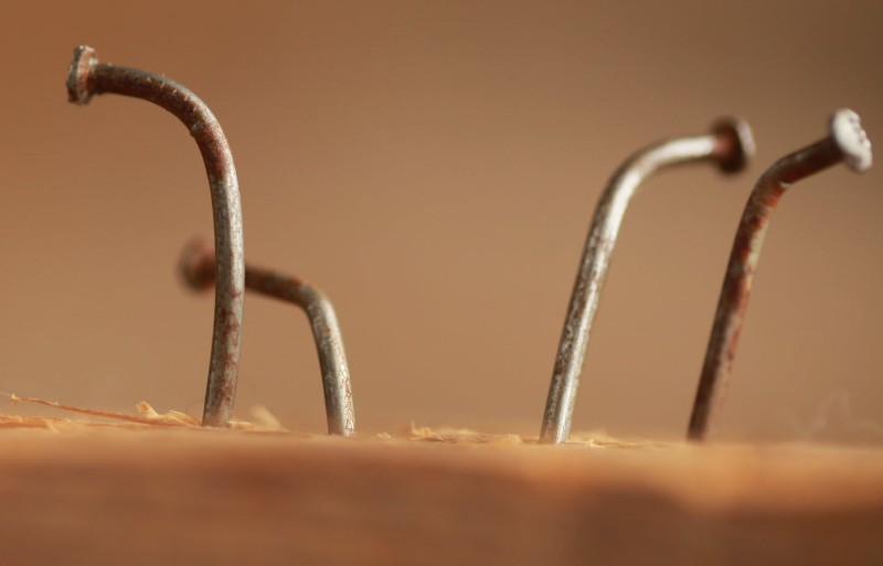 Four bent nails: avoiding trading mistakes