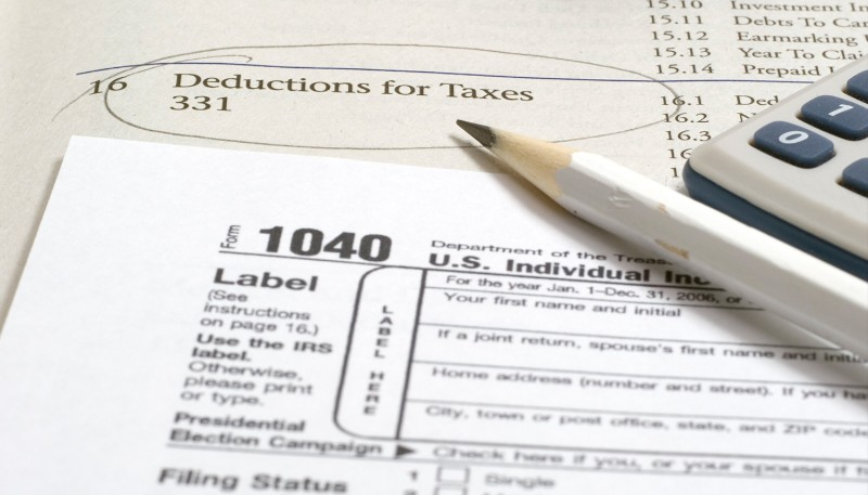 Tax deductions: standard or itemized?